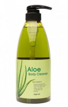 Гель для душа с экстрактом оливы расслабляющий Welcos KWAILNARA Olive Body cleanser 740г