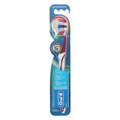 Oral-B Зубная щетка Комплекс пятисторонняя чистка 40 средней жесткости